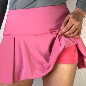 Lululemon pink tennis skirt 2